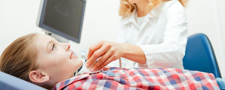 Hashimoto-Thyreoiditis bei Kindern, Teenies & Babies | Wissenswertes für Eltern