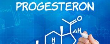 Progesteronmangel und Östrogendominanz bei Hashimoto-Thyreoiditis